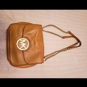 Small Micheal Kors cross body brown bag